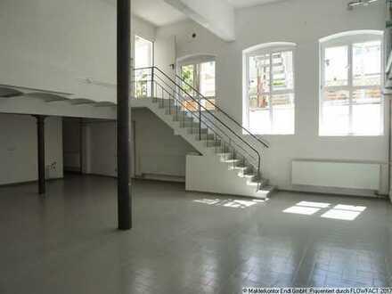 Loftartige modernisierte Gewerbefläche , vielseitig nutzbar in zentraler, ruhiger Hinterhoflage