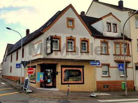 Mehrfamilienhaus mit Gewerbeeinheit mit Potenzial - im Zentrum von Bexbach