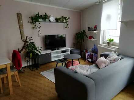 Geräumige 1-Zimmer-Wohnung nähe Uni (300m). Ideal für 1-2 Studenten!