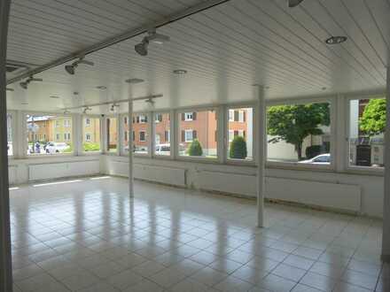 Praxis- oder Büro oder Therapie oder ? - Tageslicht-Räume - sofort verfügbar !