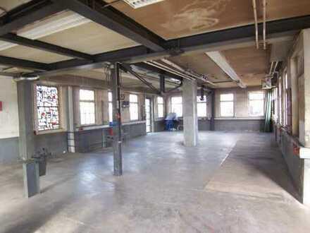 Werkstatt / Ladenraum / Lagerhalle max. 200 qm zzgl. Außenfläche