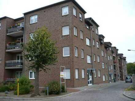 2-Raum-Erdgeschoßwohnung mit Balkon in schöner Wohnanlage