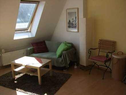 Sonniges Apartment mit eigenem Bad und super Anschluss