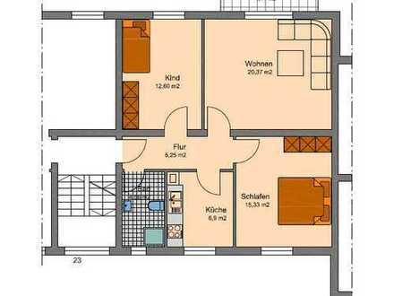 Helle und geräumige 3 Zi. Wohnung mit Balkon und Stellplatz