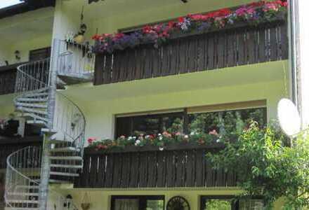 Modernisierte 5-Zimmer-Wohnung mit Balkon in Mömbris
