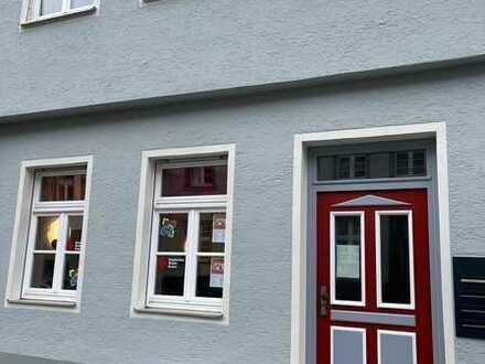 Erstbezug nach Sanierungen im historischen Altbau/exklusive 3,5-Zimmer-Wohnung mit EBK in Ravensburg