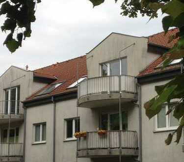 Herrliche Dachgeschosswohnung mit 2 Balkonen in Celle-Westercelle