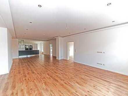 Sofortbezug! Komplett sanierte Wohnung mit exklusiver Ausstattung.