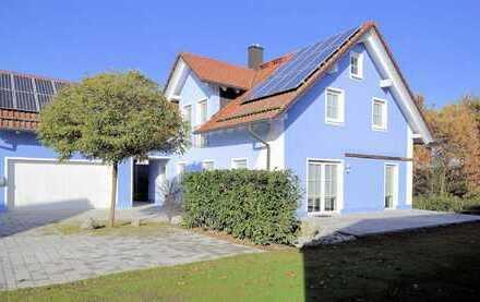 Perfekt für junge Familien! Elegantes Einfamilienhaus mit traumhaftem Grundstück und vielen H