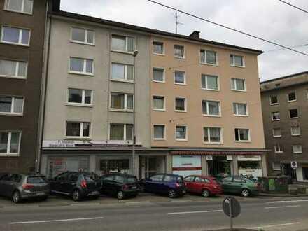 Ladenlokal 53 qm - Top frequentierte Lage mit Strassenbahnhaltestelle vor der Tür
