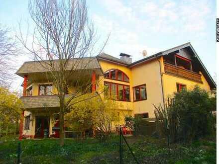 Nähe Frankfurt! 3 Familienhaus mit viel Naturgarten, großer Garage