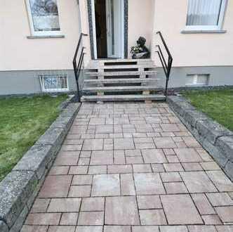 ***Ein kleines Haus mit Wachstumspotenzial... mitten in Idsteins BESTLAGE!