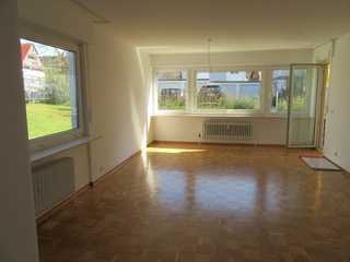 3-Zimmer-Wohnung neu renoviert und sofort frei