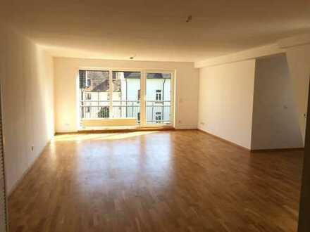 Helle und ruhige 3-ZKBB Wohnung im Herzen Bad Homburgs