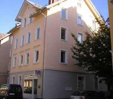 Stadtwohnung in Kempten-Zentrum (aufgeteilt in zwei 2-Zimmer-Wohnungen), v. privat