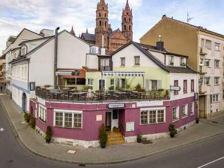 Traditions-Restaurant mit traumhafter Dachterrasse inkl. zwei Wohnungen im Herzen von Worms