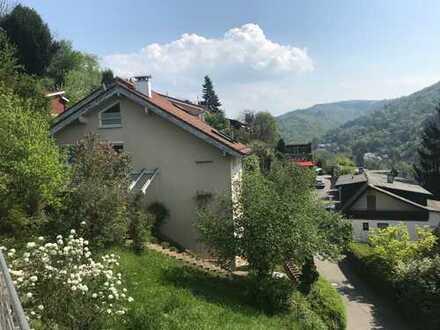 Schönes, geräumiges Haus mit fünf Zimmern in Rhein-Neckar-Kreis, Schriesheim