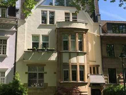 Luxuriöse, vier Zimmer Wohnung in bester Lage, Zoo-Viertel