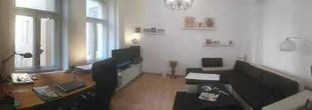 Bild_Schöne 1,5-Zimmer-Altbauwohnung mit Einbauküche in Wilmersdorf, Berlin (teilmöbliert)