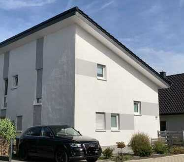 1.150 €, 136 m², 6 Zimmer