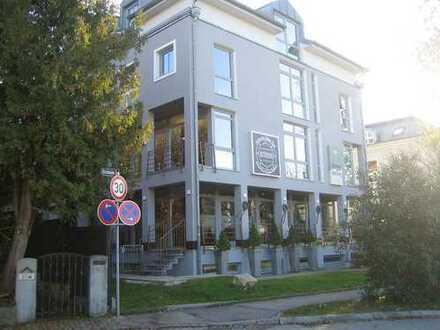 RIVA Lagerfläche 116 m², mit 4 t- KFZ-Aufzug, Zentrumslage Grünwald
