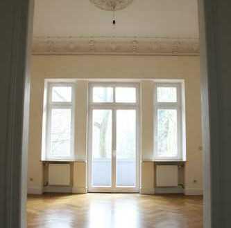 Direkt vom Vermieter Exklusive 4-Zimmer-Altbau-Wohnung mit Balkon in Bad Homburg