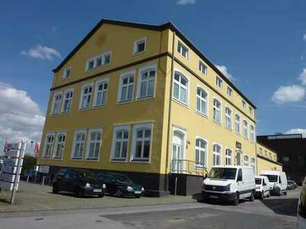 RASCH Industrie: Außergewöhnliche Büroetage in BO-Wattenscheid, Fröhliche Morgensonne