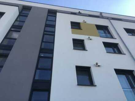 Erstbezug: Moderne 3-Zimmer-Wohnung mit Terrasse, EBK in Langen