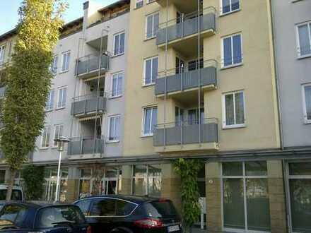Tolle 3 Raumwohnung mit 2 Balkonen, Gäste - WC und Lift mt einer Rendite von 4,34 %!!!!