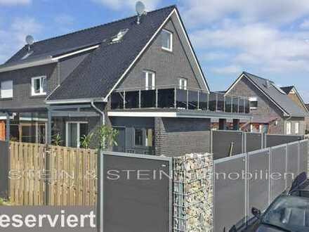 Außergewöhnlich - Exklusiv - Modern! Neuwertige DHH mit großer Dachterrasse nahe Zentrum!