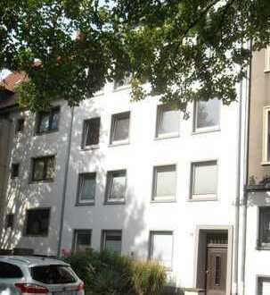 renovierte 2-3 Zimmerwohnung im Saarlandstraßenviertel