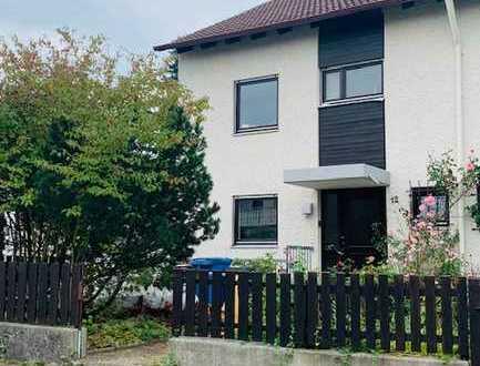 Schönes Reiheneckhaus mit fünf Zimmern in Ichenhausen