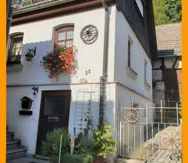 *Gemütliches Haus mit Garage, Scheune und Grundstück*