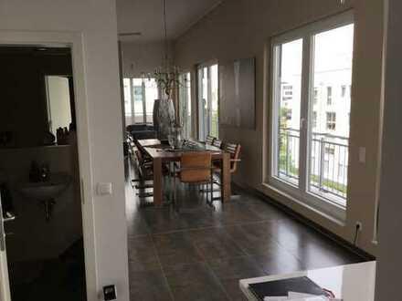 Luxus Penthouse 5 Zimmer Wohnung mit Domblick -Top Lage in Deutz/Kalk