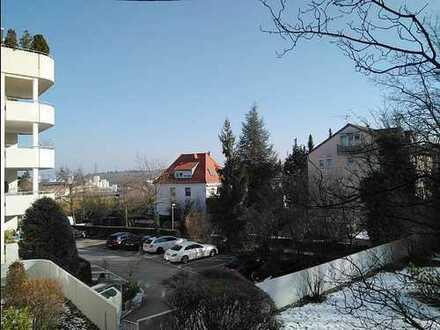 2-ZI-WHG provisionsfrei mit Balkon, PKW Stellplatz, voll möbliert und bezugsfertig