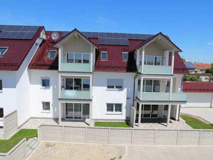 Erstbezug: Gehobene großzügige 3-Zimmer-Wohnung mit Balkon, DG, Süd-Ost, mit Klimaanlage