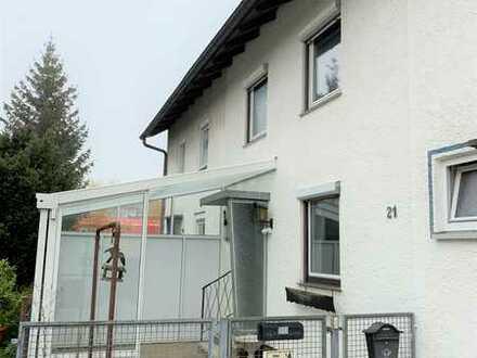 Renovierungsbedürftiges Reihenmittelhaus