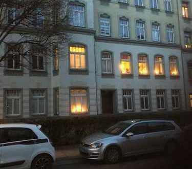 Attraktives Immobilien-Paket im beliebten Kaßberg! 2 hochwertig sanierte ETW auf einer Etage