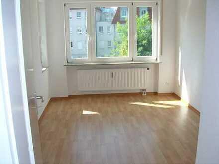 Gepflegte 3-Zimmer-Wohnung mit Balkon in Dresden