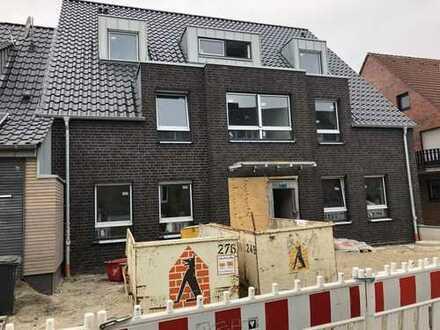 Erstbezug: Dachgeschosswohnung zu vermieten!
