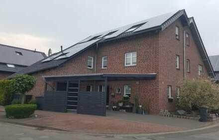 PROVISIONSFREI - Doppelhaushälfte in verkehrsberuhigtem Wohngebiet