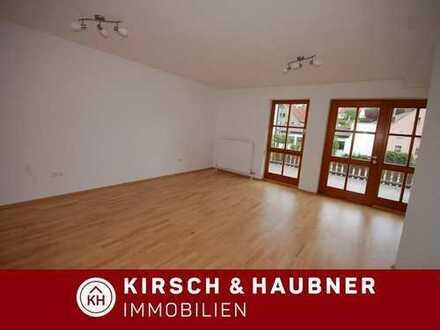 Neuwertige Wohnung inkl. Einbauküche,   sofort einzugsbereit!  Lauterhofen - Zentrum