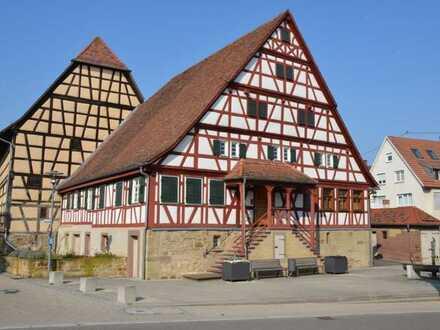 Wohnhaus in Fachwerk-Ensemble