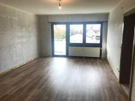 Schöne und geräumige 62 qm 2-Zimmer-Wohnung mit Balkon und Einbauküche in Viernheim zu vermieten