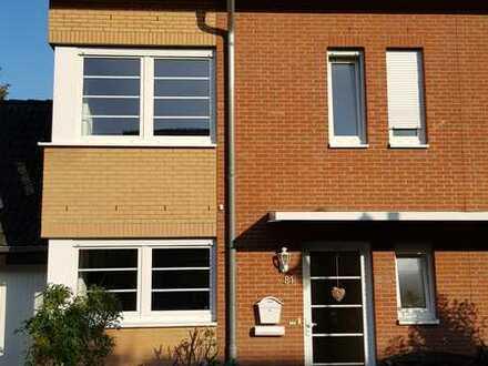 Gepflegte Doppelhaushälfte mit Garage auf sonnigem Grundstück befristet für 4 Jahre