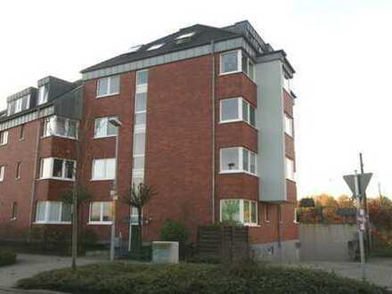 Helle und moderne 4-Zimmer-Wohnung mit Südbalkon, 2 Bäder und Tiefgaragenstellplatz