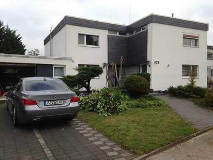 Doppelhaushälfte im Rudow 3,5 Zimmer