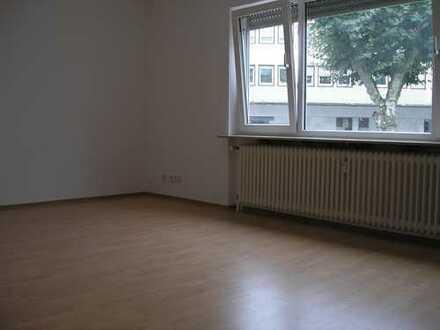 2-Zimmer-Hochparterre-Wohnung im Anbau in Langen, nähe Bahnhof