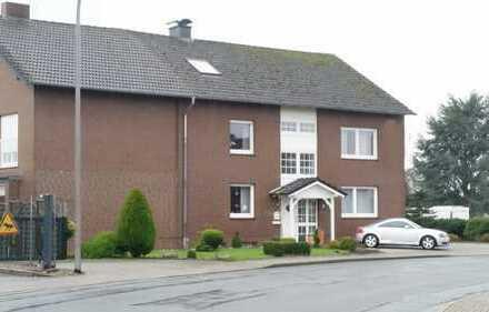 !!! 3-Familien-Haus mit Gewerbefläche / Halle !!!