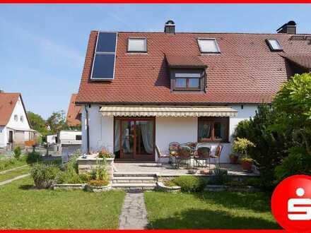 Tolle Doppelhaushälfte in bester Lage von Nürnberg-Gartenstadt!